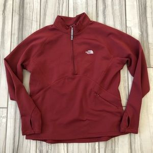 The North Face polyester pullover. EUC